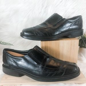 Bostonian Black Bicycle Toe Slip-On Loafer